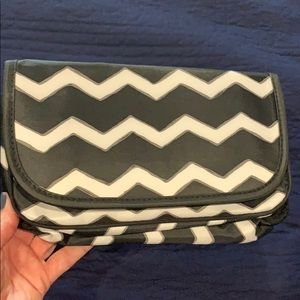 Thirty-One makeup or jewelry bag.
